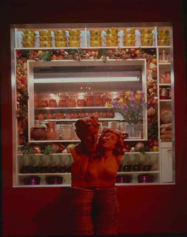 media_repository/el_internacional_-_food_kitchen_frame_-_the_cucciontta_s_marble_001993_-_food_kitchen_frame_-_the_cucciontta_s_marble.jpg
